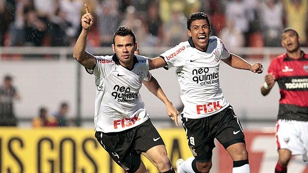 Leandro Castán gol Corinthians (Foto: Miguel Schincariol / Globoesporte.com)