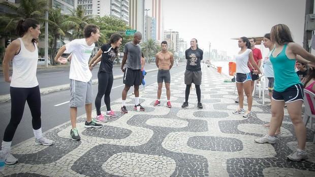 Alongamento (Foto: Divulgação/Nike)