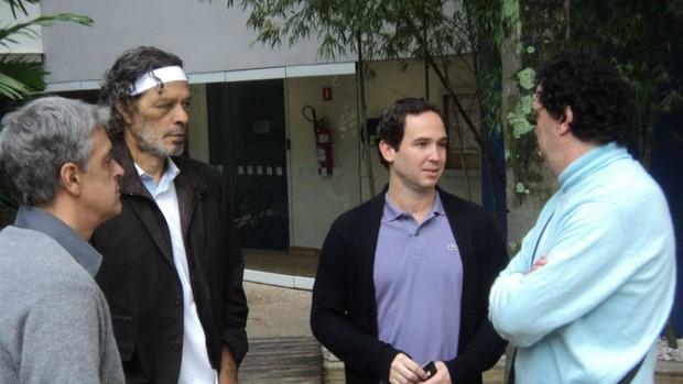 """Sócrates conversa com Caio e Casagrande antes do início do """"Arena"""" (Foto: SporTV.com)"""