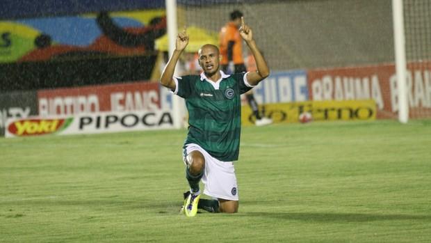 Marcelo Costa, meia do Goiás (Foto: Rosiron Rodrigues/Goiás E.C.)