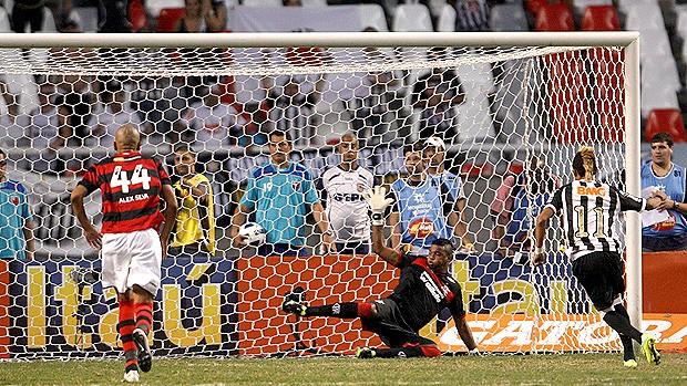 neymar gol flamengo x santos (Foto: Marcos Tristão / Agência O Globo)
