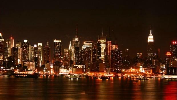 Vista noturna de Nova Iorque em trecho especulado para circuito (Foto: Divulgação)