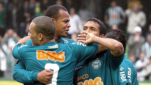 Coxa perde Rafinha e Bill para pegar o Palmeiras