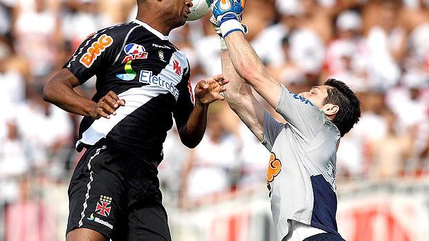 goleiro Denis na partida do São Paulo contra o Vasco (Foto: Ag. Estado)