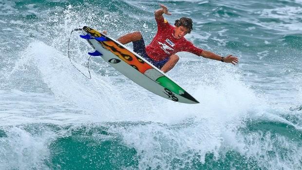 Surfe Filipe Toledo (Foto: Divulgação)