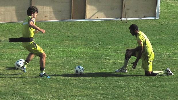 Juninho Pernambucano e Renato Silva no Vasco (Foto: Fred Huber / Globoesporte.com)