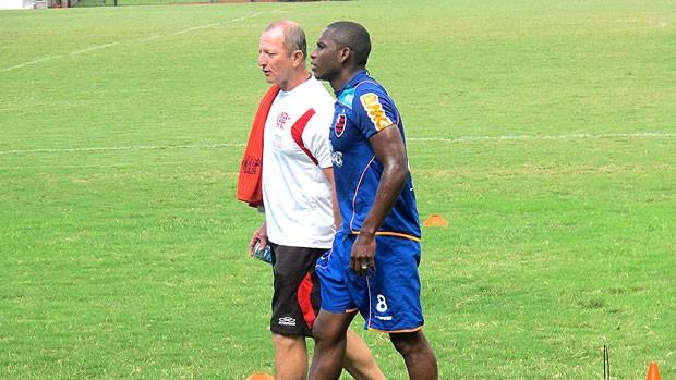 Willians no treino separado do Flamengo (Foto: Richard Souza / GLOBOESPORTE.COM)