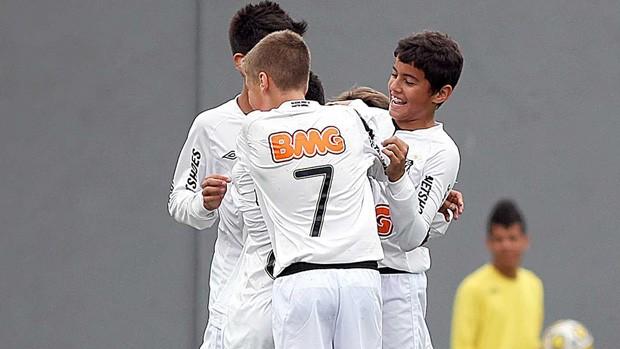 jogadores santos pré-mirim goleada américa FC (Foto: Pedro Ernesto Guerra / Santos FC)