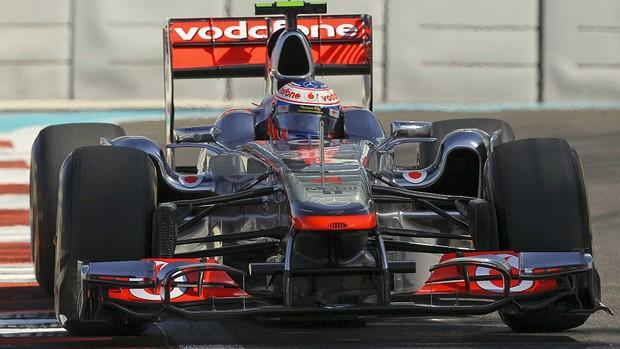 Jenson Button GP de Abu Dhabi treinos livres sexta-feira McLaren (Foto: AP)