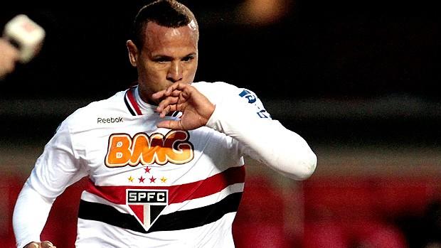 Luis fabiano são Paulo gol américa-MG (Foto: MIguel Schincariol / Agência Estado)