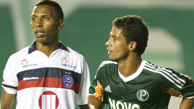 Ricardo Bueno gol Palmeiras (Foto: Ag. Estado)