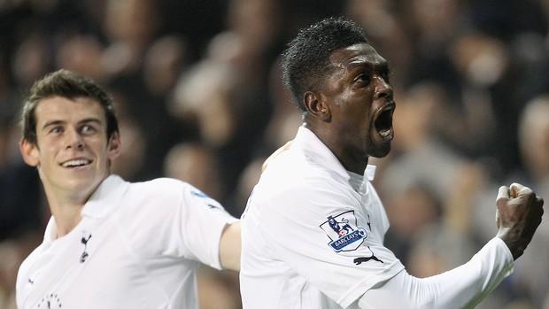 Emmanuel Adebayor - Tottenham x Aston Villa (Foto: Getty Images)