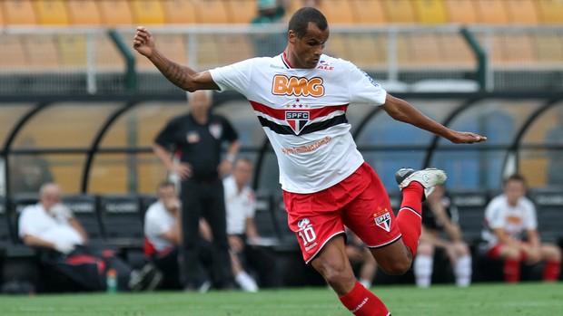 Rivaldo é expulso e não joga mais pelo São Paulo