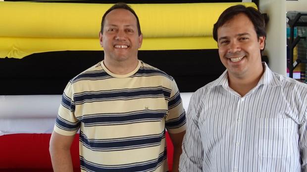 Presidente Flávio Pontes ao lado do técnico Dado Cavalcanti (Foto: Elton de Castro/Globoesporte.com)