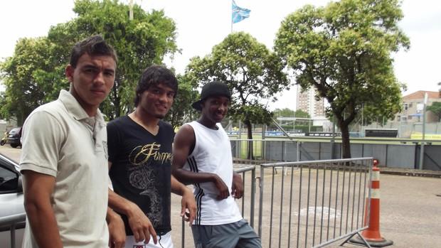 Biteco, Ruan e Misael são promessas do Grêmio (Foto: Lucas Rizzatti/Globoesporte.com)
