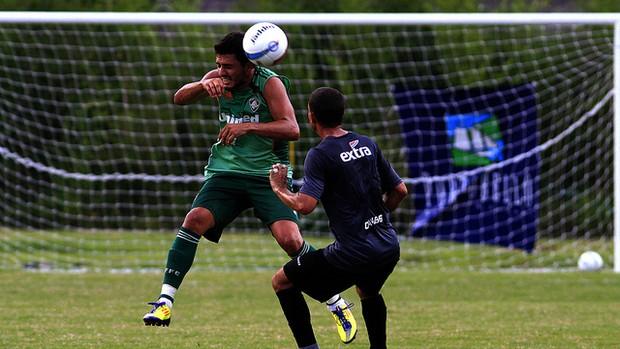 Marquinho disputa jogo-treino em Mangaratiba (Foto: Foto Nelson Perez/FluminenseF.C.)