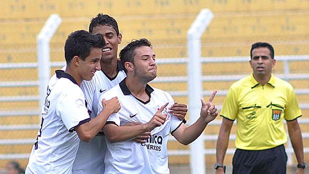 Geovanni gol Corinthians copa são paulo (Foto: Fernando Calzzani / Ag. Estado)
