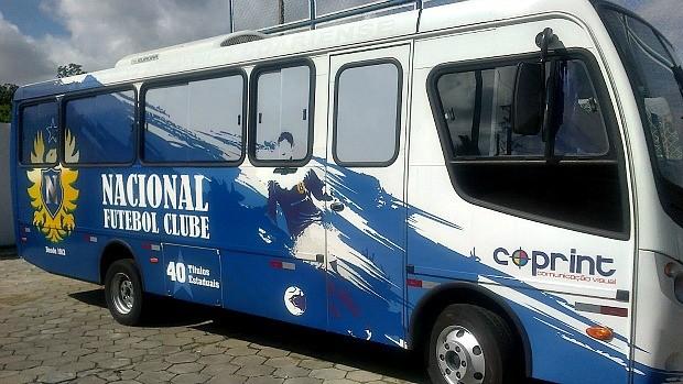 Ônibus do Nacional-AM (Foto: Reprodução)