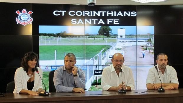 Coletiva do Corinthians Santa Fé (Foto: Gustavo Serbonchini / Globoesporte.com)