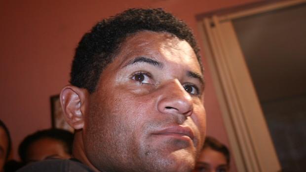 Taílson, ex-jogador, primo do Fábio Júnior (Foto: Felipe Martins/GLOBOESPORTE.COM)