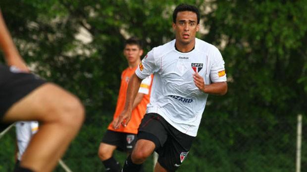 Jadson no treino do São Paulo (Foto: Marcelo Prado/Globoesporte.com)