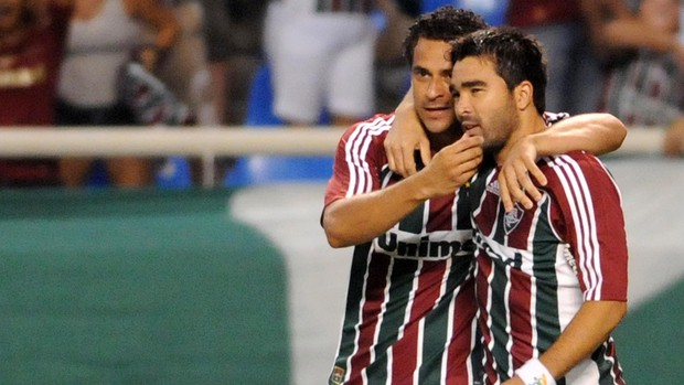 Fred Deco gol Fluminense (Foto: Dhavid Normando / Photocamera)