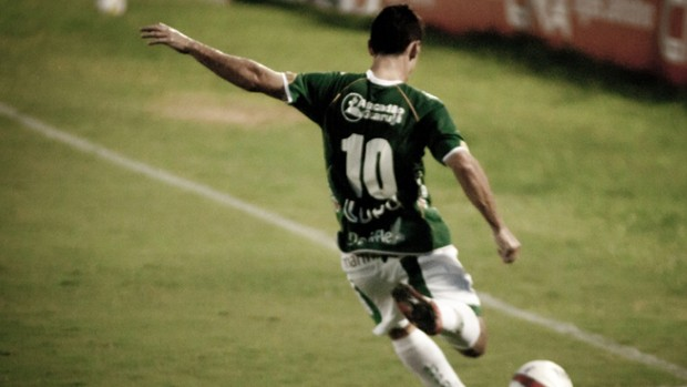 Fumagalli, meia do Guarani (Foto: Rodrigo Gianesi / Globoesporte.com)