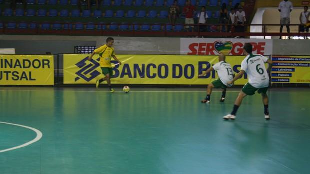 Seleção Sergipana durante treino no Constâncio Vieira (Foto: Thiago Barbosa (GLOBOESPORTE.COM))
