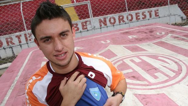Henry Lopez - atacante do Noroeste - Guatemala (Foto: Cristiano Zanardi / Agência BOM DIA )