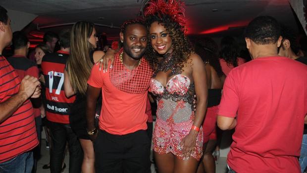 Vagner Love, do Flamengo, no baile do vermelho e preto (Foto: André Durão / Globoesporte.com)