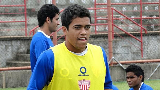 Meia Felipe, durante treino do Mogi Mirim (Foto: Divulgação Mogi Mirim)