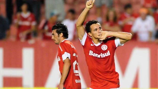 Leandro Damião (Foto: Alexandre Lops/Divulgação Inter)