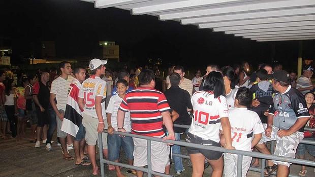 torcedores do Independente pará são paulo copa do brasil (Foto: Marcelo Prado/Globoesporte.com)