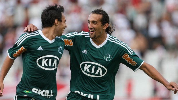 Valdivia Barcos gol Palmeiras (Foto: Cesar Greco / Ag. Estado)