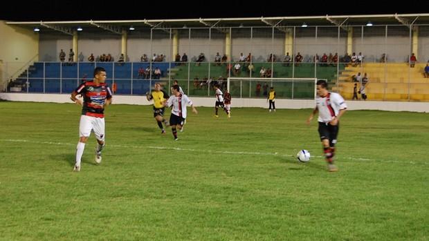 Campinense 4 x 0 Flamengo-pb (Foto: Larissa Keren)