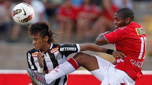 neymar juan aurich x santos (Foto: AP)