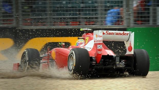 Felipe Massa rodou em Melbourne e abandonou treino (Foto: EFE)