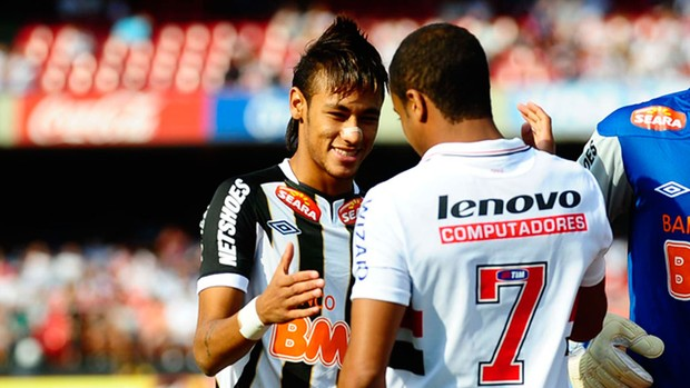 neymar lucas são paulo x santos (Foto: Marcos Ribolli/GLOBOESPORTE.COM)