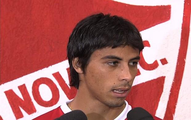 Ricardinho, volante do Vila Nova (Foto: Reprodução/TV Anhanguera)