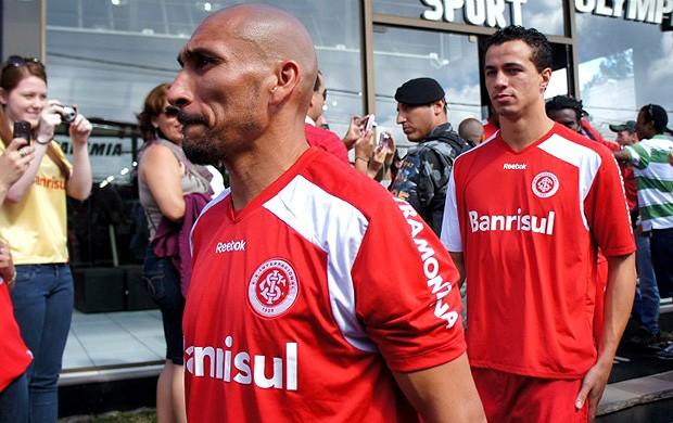 guinazu leandro damião internacional treino (Foto: Diego Guichard / Globoesporte.com)