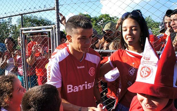 Dalessandro treino Internacional (Foto: Diego Guichard / Globoesporte.com)