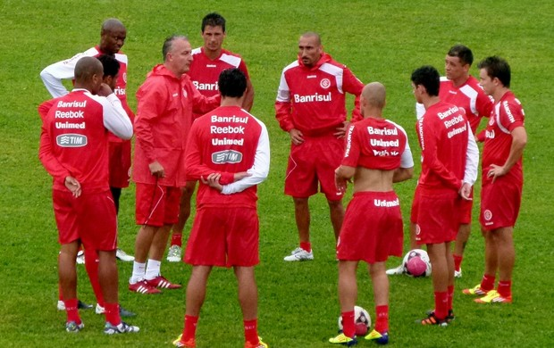 Técnico Dorival Júnior comanda treino da pré-temporada do Inter (Foto: Rafael Antoniutti / Divulgação TRATO.TXT)