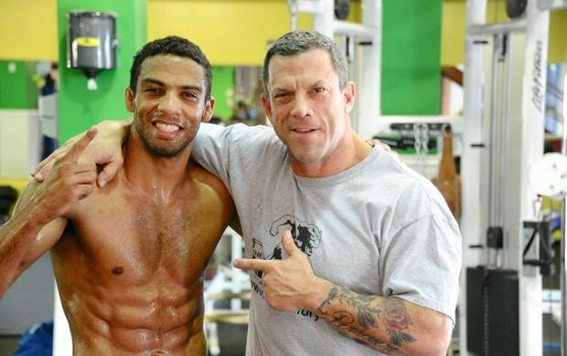 Joe Mullings e Edson Barboza (Foto: esporte espetacular)