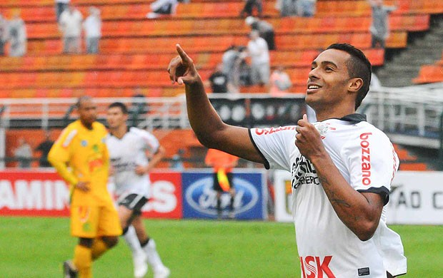 Elton gol Corinthians (Foto: Adriano Lima / Ag. Estado)