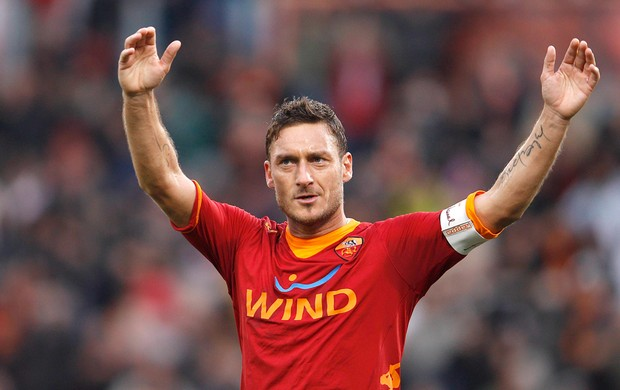 Totti gol Roma (Foto: Reuters)