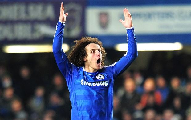 David Luiz comemora gol do Chelsea contra o Manchester United (Foto: Getty Images)