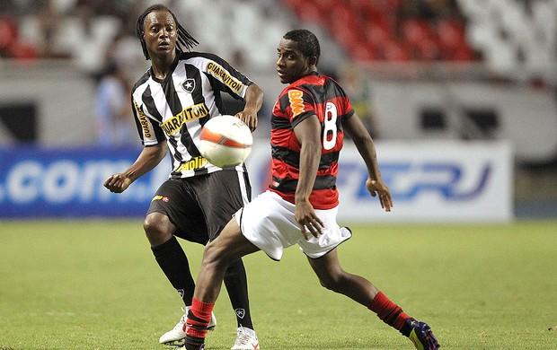 Andrezinho na partida do Botafogo contra o Flamengo (Foto: Satiro Sodré / Divulgação Agif)