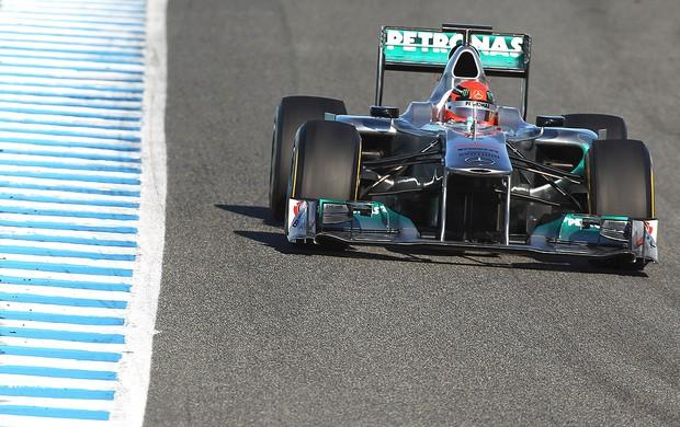 Michael Schumacher no segundo dia de testes em Jerez (Foto: Getty Images)