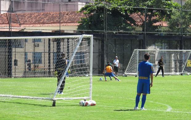 Treino do Botafogo (Foto: André Casado)