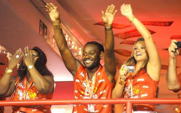 Vagner Love no Carnaval no Rio de Janeiro (Foto: André Durão / GLOBOESPORTE.COM)